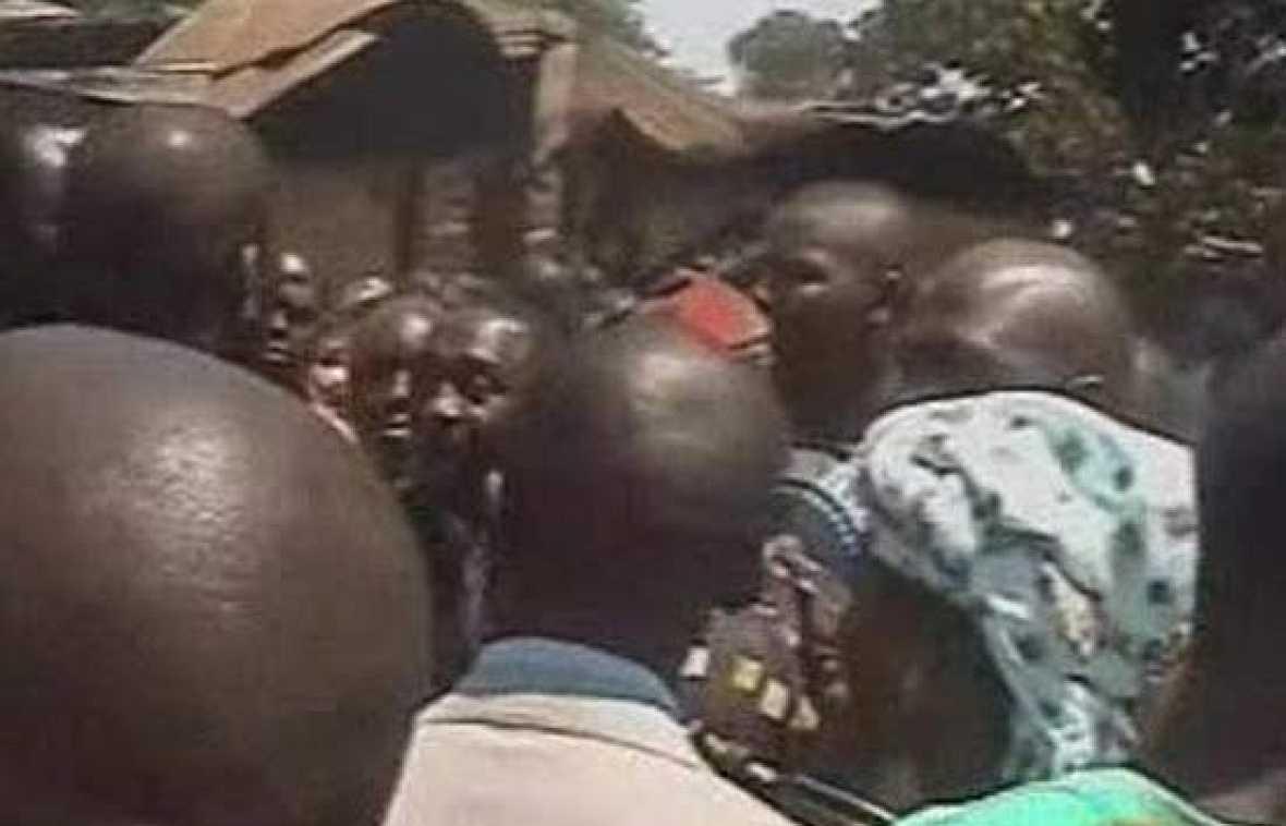 Al menos 500 personas han muertol en os enfrentamientos étnico-religiosos que tuvieron lugar en las cercanías de Jos, al norte de Nigeria.