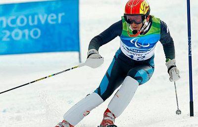 El esquiador español Jon Santacana ha logrado su segunda medalla de plata, la segunda también para España en los Juegos Paralímpicos de Vancouver, en el eslalon gigante.mbién para España, en el eslalon gigante.