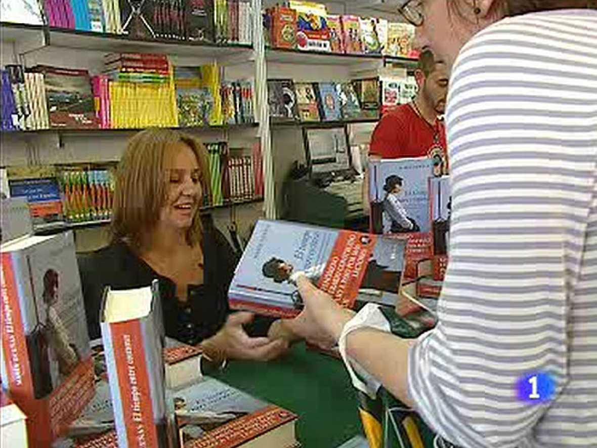 María Dueñas en la Feria del Libro