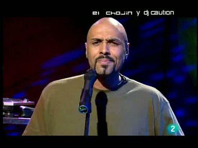 El Chojín en La 2 Noticias: A capella, con la reforma laboral. El rapero analiza la situación económica, la marcha del diálogo social y la huelga de los funcionarios.