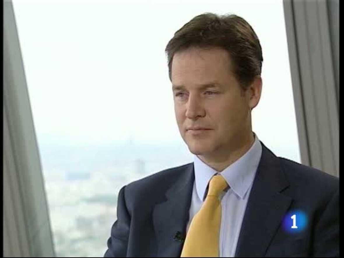 El viceprimer ministro británico, Nick Clegg, ha adelantado en una entrevista en Los Desayunos de TVE, algunas de las medidas del plan de ajuste económico que su Gobierno presentará el próximo 22 de junio.
