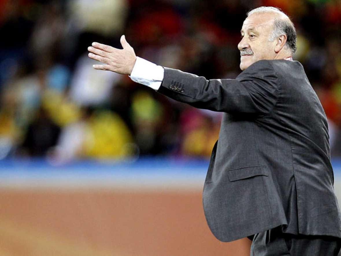 Tristeza y desolación entre los jugadores españoles tras perder el primer partido de España en el Mundial de Sudáfrica.