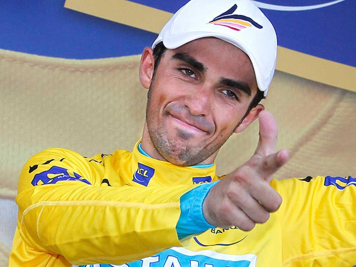 El de Pinto ha podido recuperar la desventaja en la general de 31'' con fortuna al aprovechar una avería de Schleck en la subida al Port de Balès. El descenso sirvió para incrementar la ventaja y poner a Contador primero con ocho segundos de ventaja.