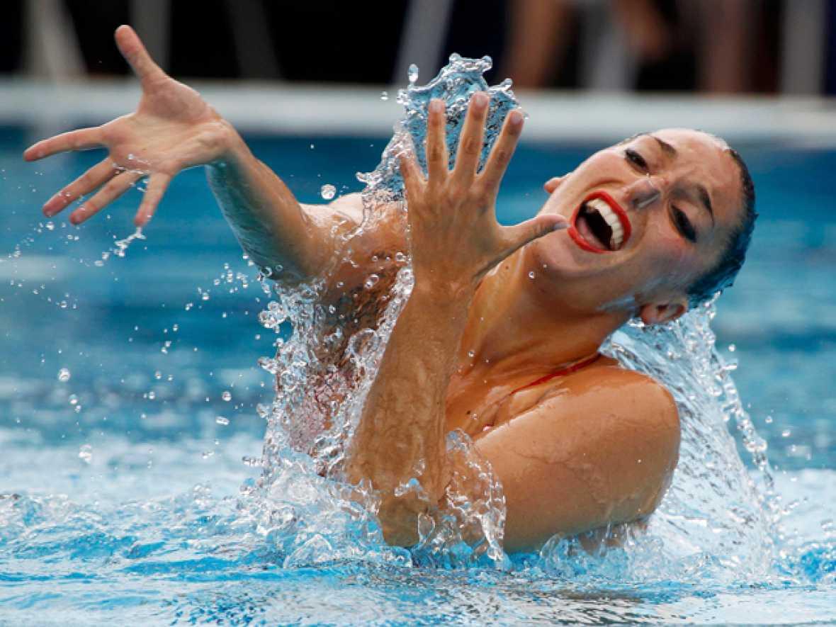 La nadadora española Andrea Fuentes se ha colgado la medalla de plata en la final de solo de sincronizada de los Campeonatos de Europa,  que se están disputando en Budapest, donde se ha impuesto la rusa  Natalia Ischenko.