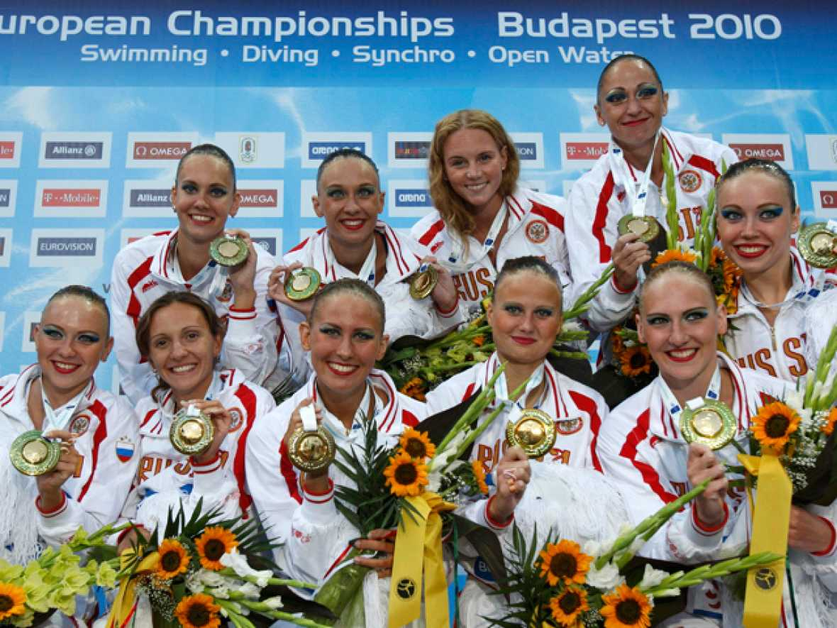 Rusia ha subido a lo más alto del podio en la final por equipos de natación sincronizada.