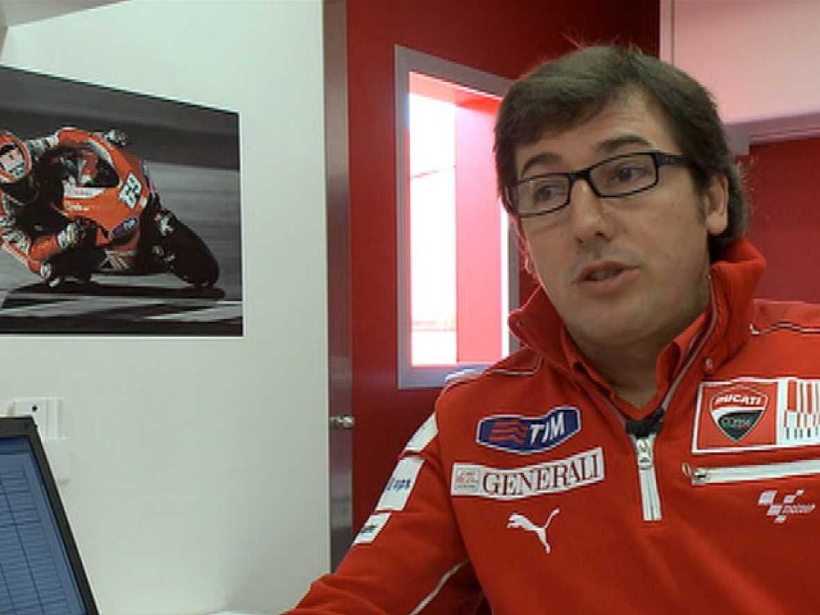 Conoce al jefe mecánico de Nicky Hayden, el español Juan Martínez.