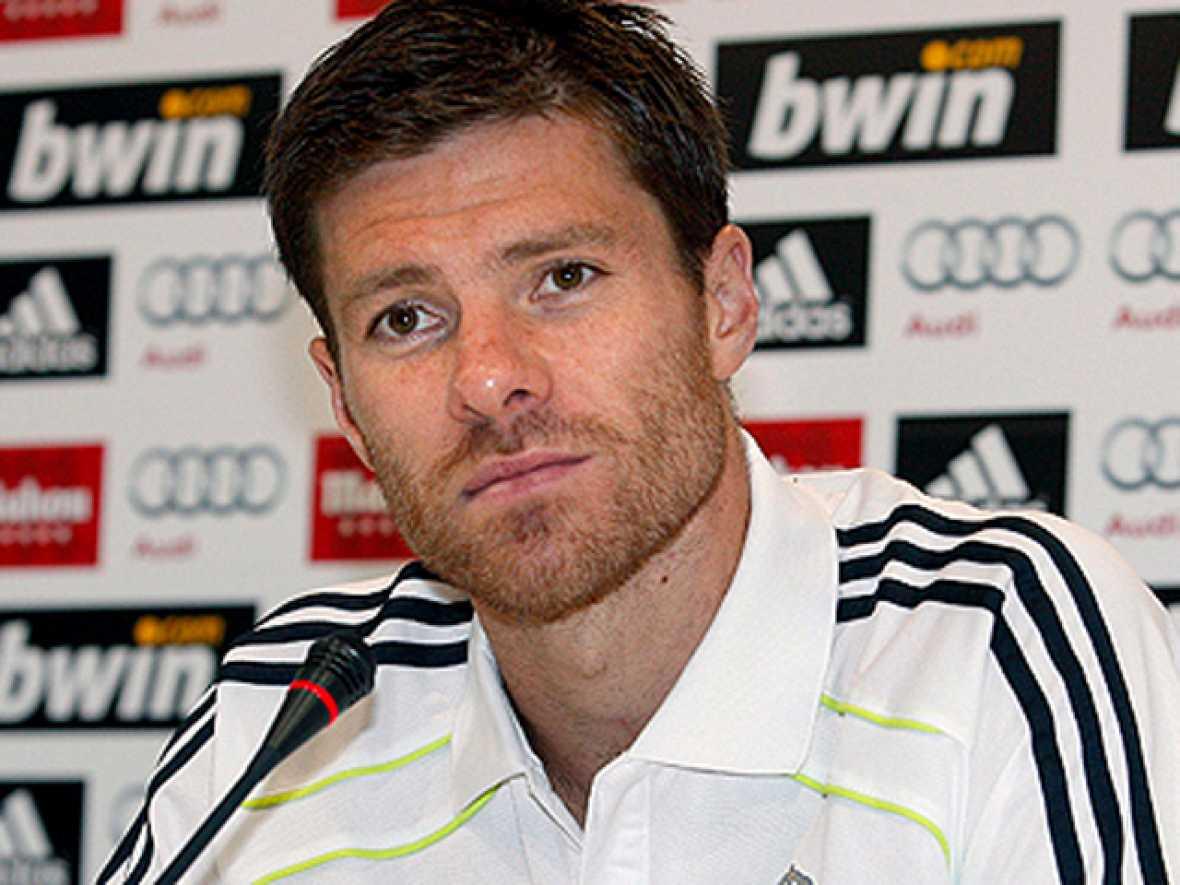 """El centrocampista del Real Madrid Xabi Alonso está convencido de que sería muy importante comenzar la Liga con """"una victoria con la que evitar cualquier tropiezo de inicio"""", en el que será el debut liguero de José Mourinho como técnico madridista, a"""
