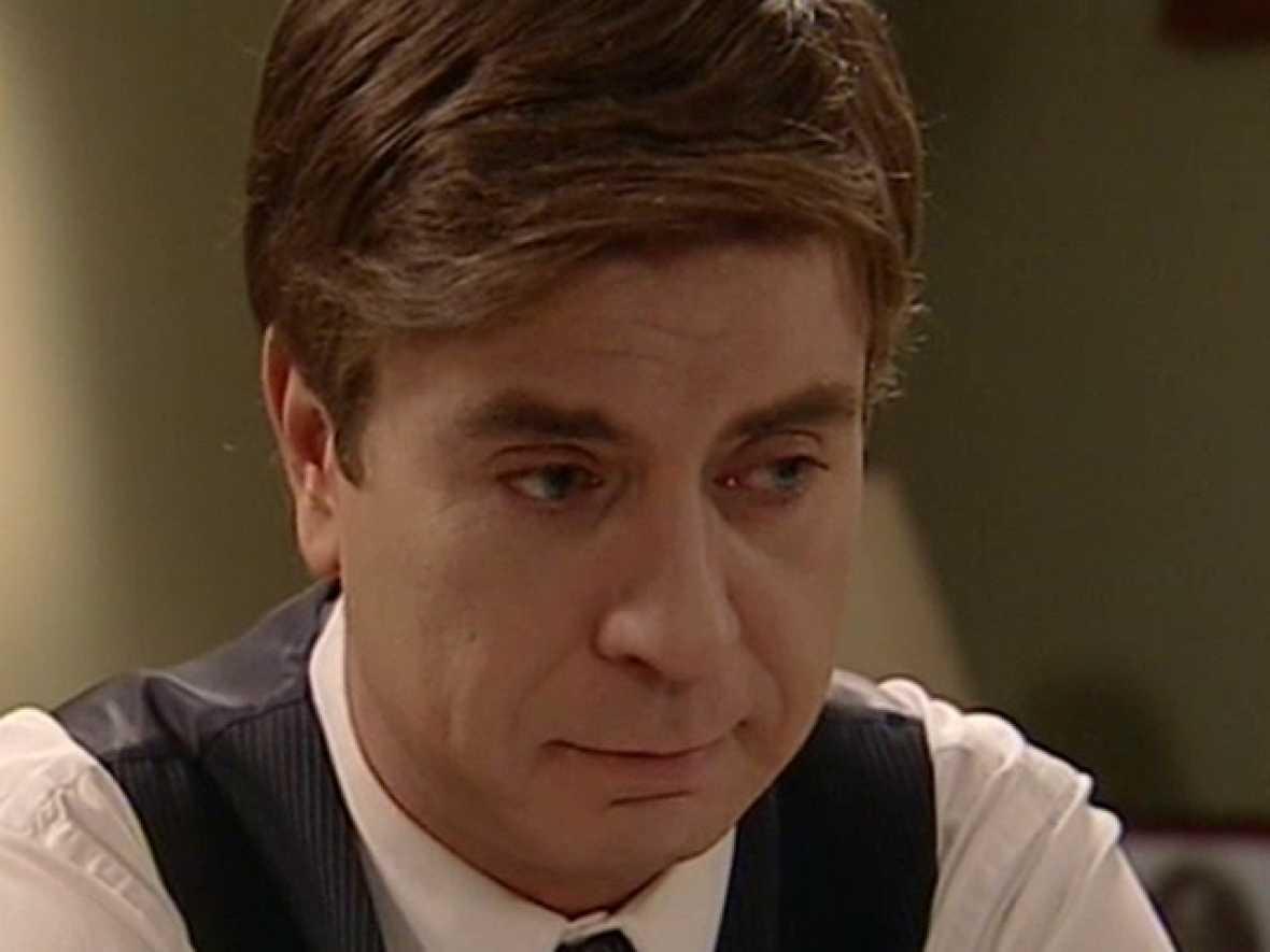 Amar - Héctor deja marchar a Teresa