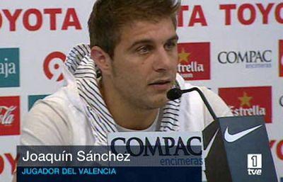 Joaquín responde a las críticas de su ex entrenador en el Valencia, Ronald Koeman.