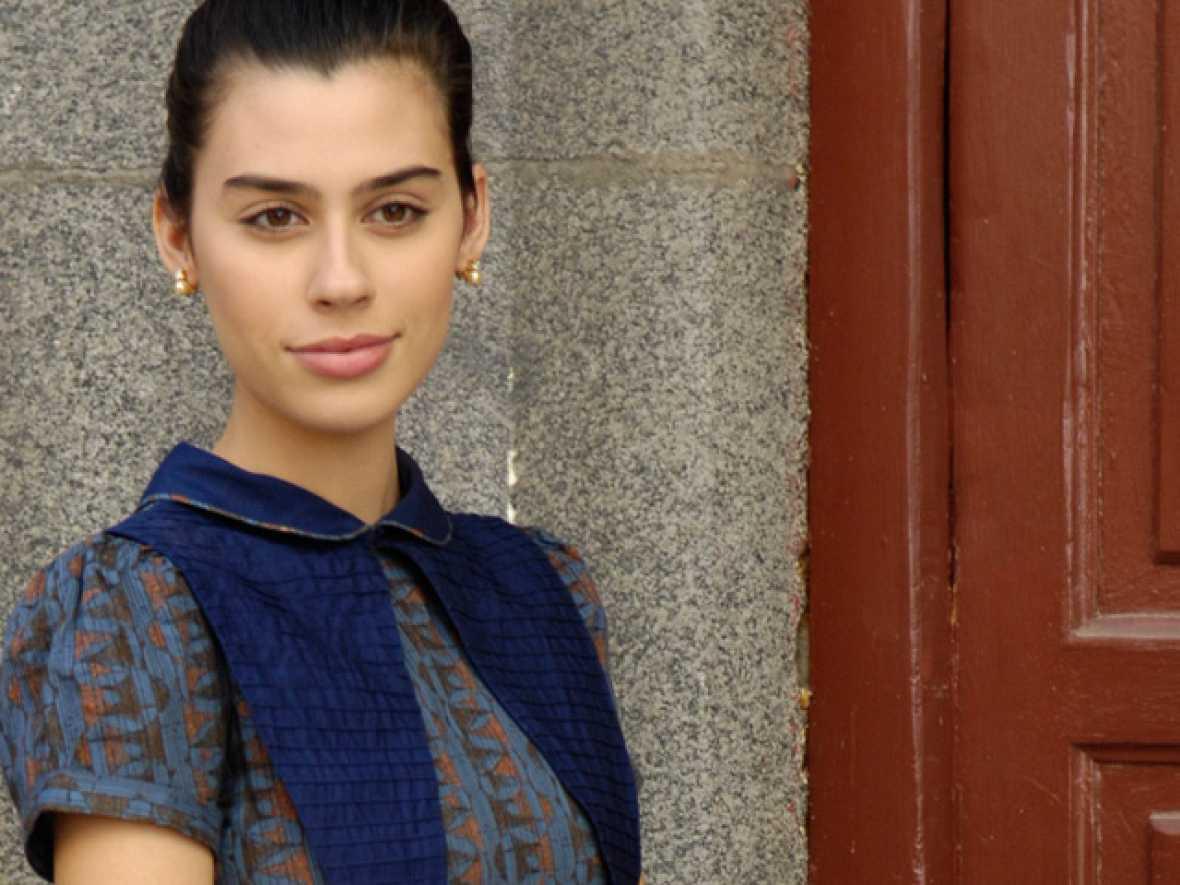 Roser Tapias es Almudena Hernádez Prado