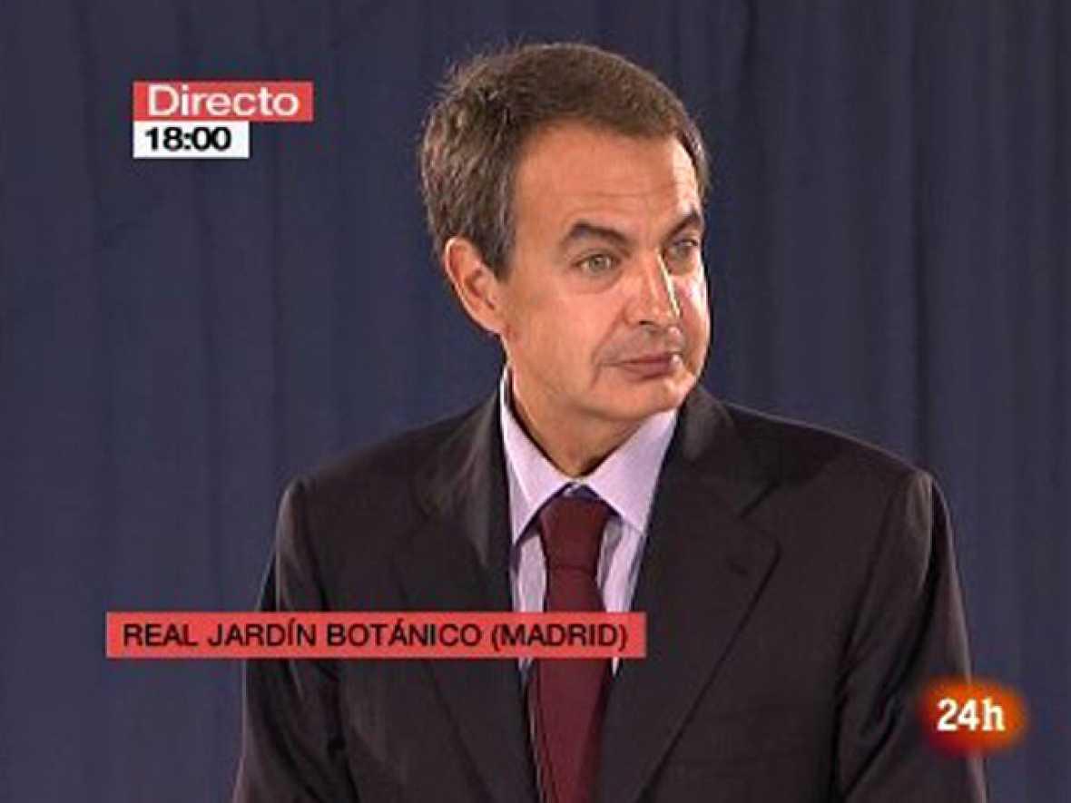 """Zapatero: """"Con el Nobel de Vargas Llosa crecemos todos"""""""