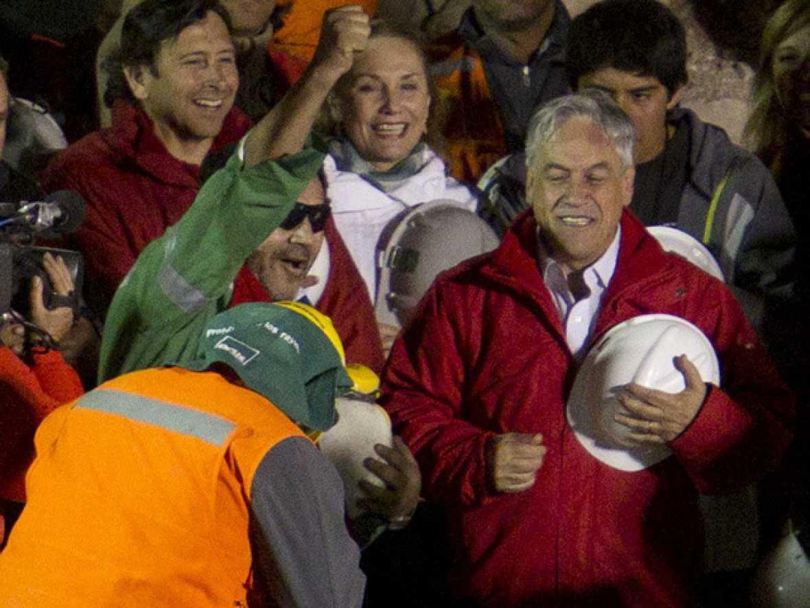 Finaliza con éxito el rescate de los 33 mineros chilenos