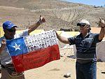Uno de los mineros chilenos vuelve al yacimiento