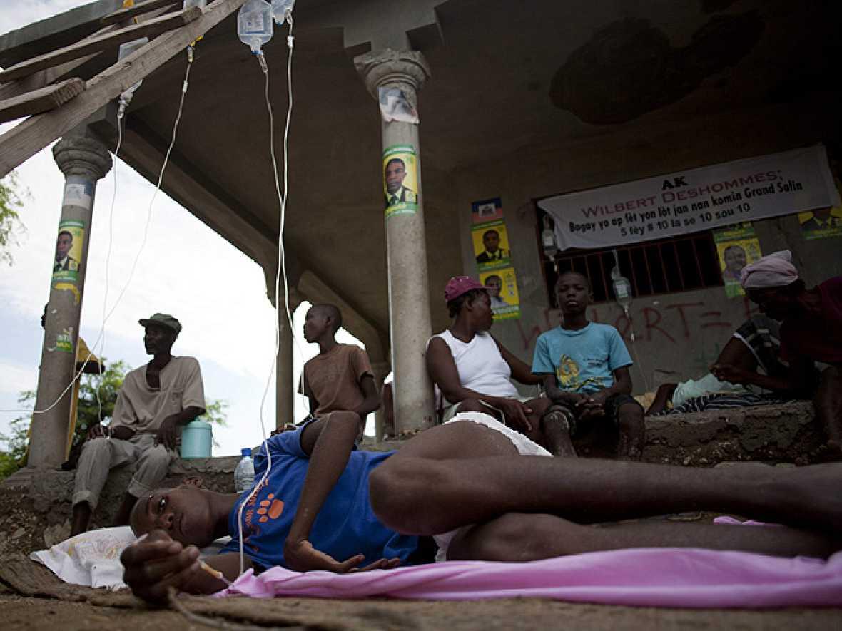 El cólera llega a Puerto Príncipe, Haití