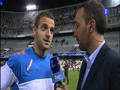 El delantero del Valencia, autor de dos goles del partido, se mostró feliz por la victoria del equipo ante el Rangers