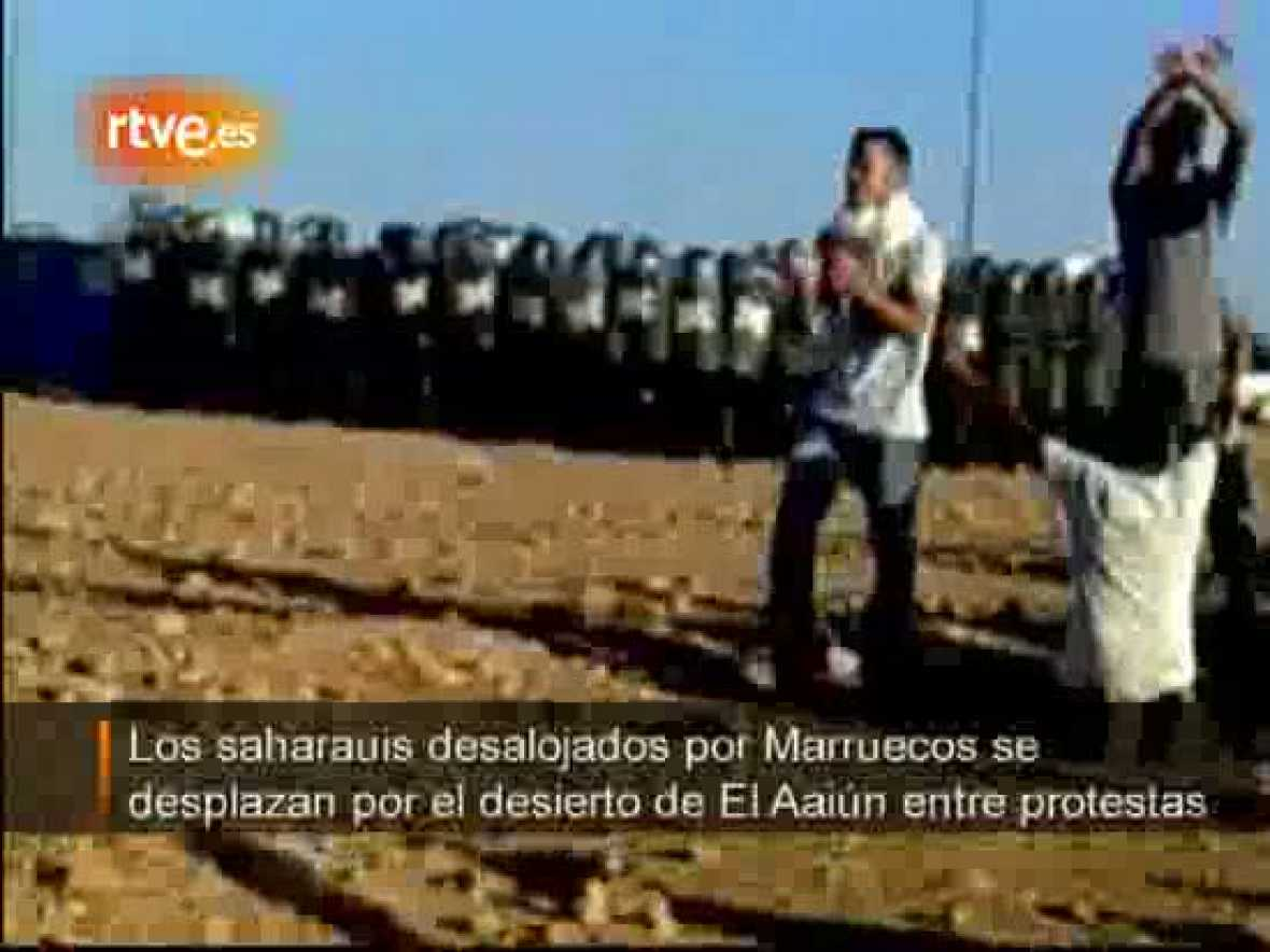 Los saharauis desolajdos, hacia El Aaiún sin dejar las protestas