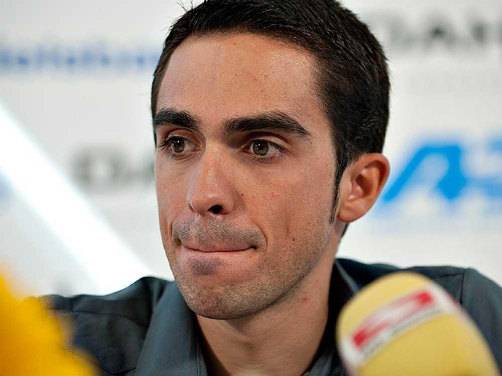 Tras recibir y estudiar los informes de la UCI, el entorno del ciclista madrileño se ha mostrado optimista con la decisión que debe tomar la Federación Española de Ciclismo.