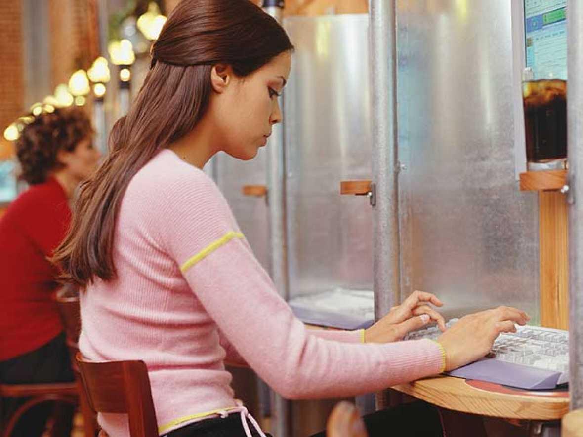 Colgar algo en la red puede ser para toda la vida. A día de hoy es casi imposible borrarlo.