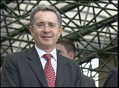 El cerco judicial se estrecha sobre Àlvaro Uribe