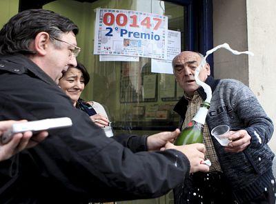 El 147 ha dejado millonarios en Galicia, en Vizcaya, en Lleida y en Madrid