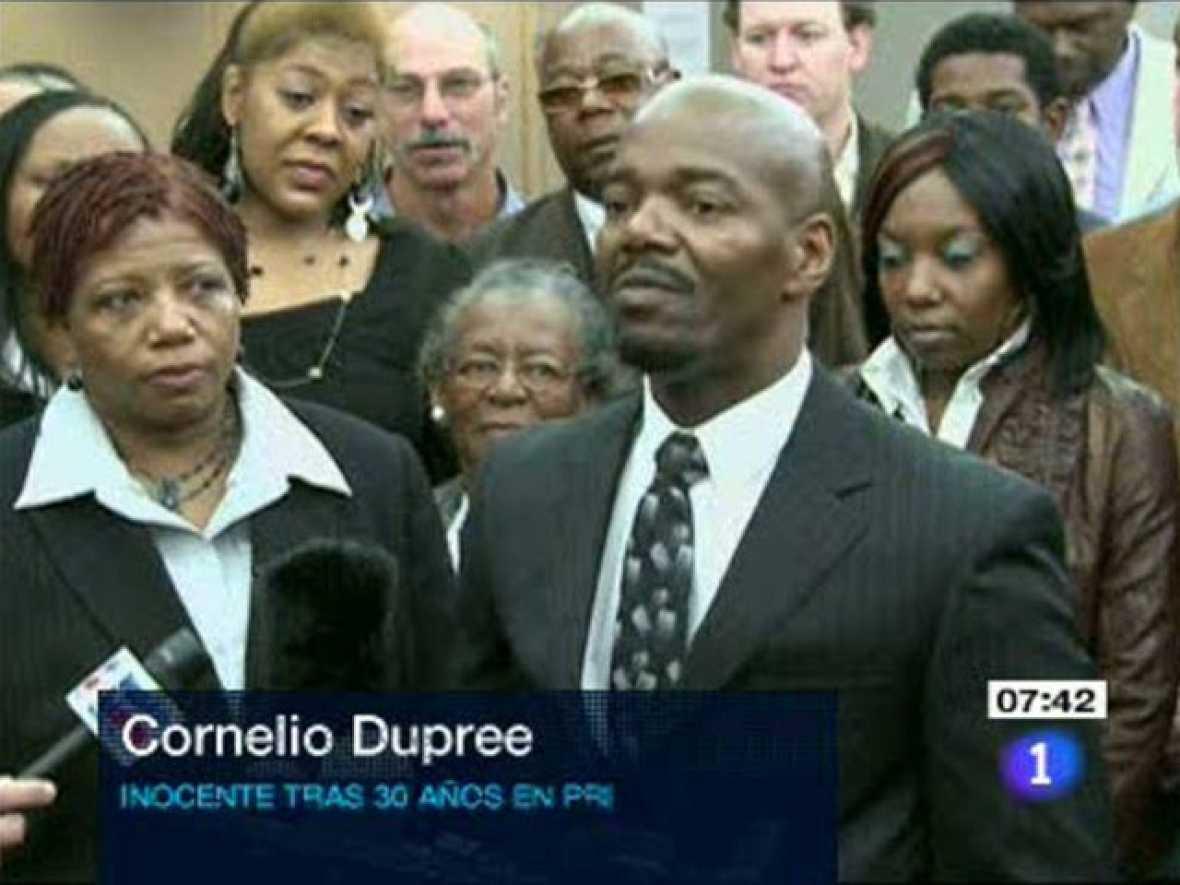 Exculpado tras pasar 30 años en la cárcel