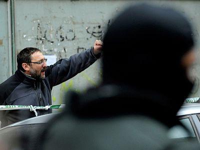 Diez detenidos en una doble operación contra el entorno de ETA en Navarra y Álava