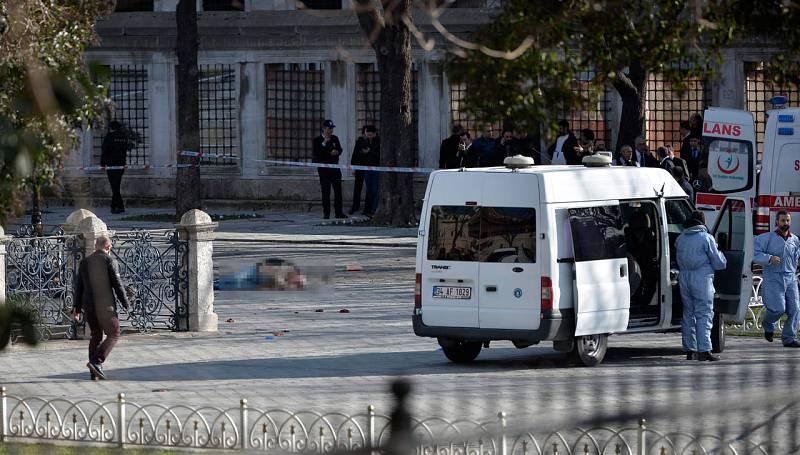 El Gobierno turco ha prohibido a los medios de comunicación distribuir vídeos o fotos relacionados con el atentado en Estambul.