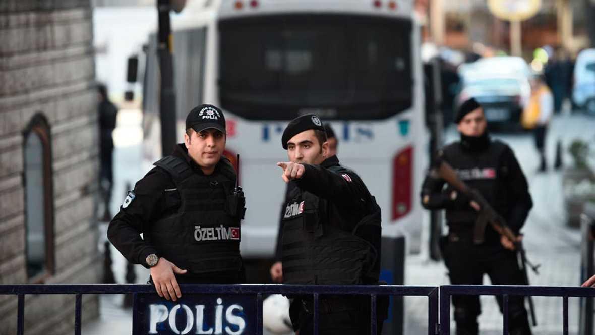 """Javier Triana, colaborador del 'Periódico de Cataluña' en Turquía: """"Es un palo para el turismo en Turquia"""""""